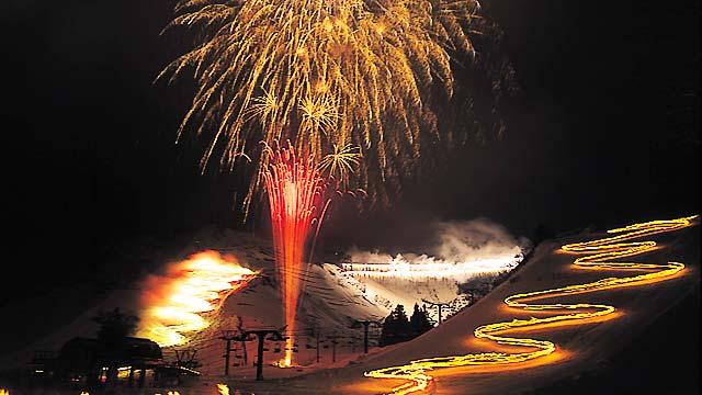 胎内スキーカーニバルの花火