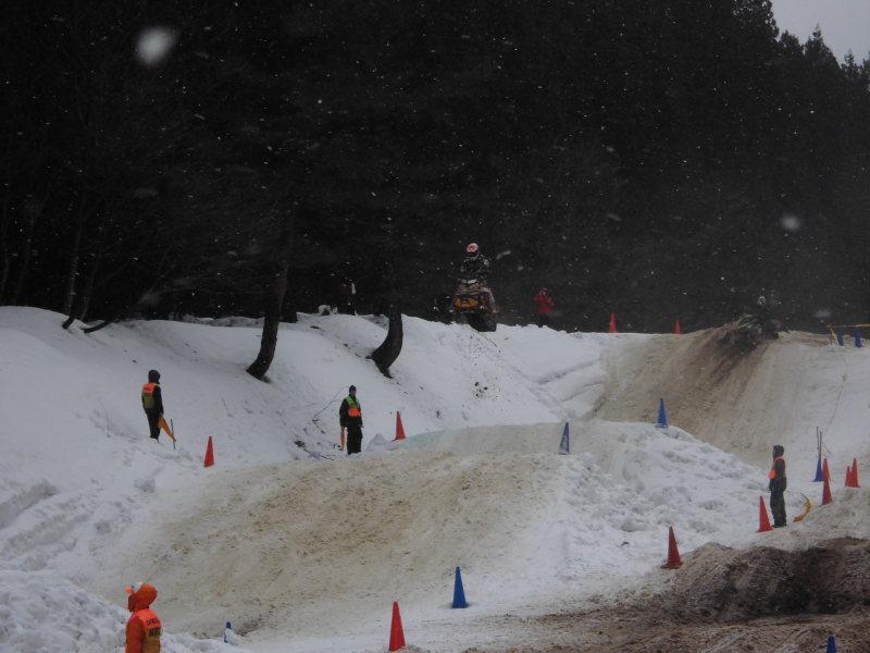 2015全日本スノーモービル選手権第1戦 新潟・胎内スキー場大会